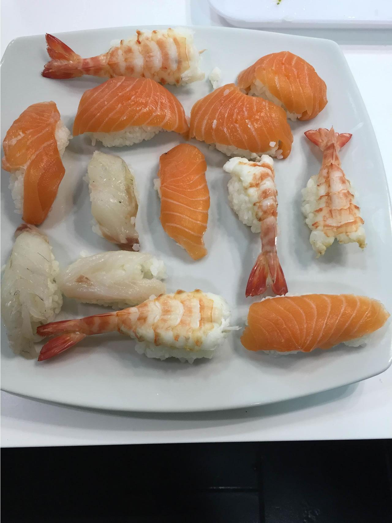 Imparare a fare il sushi presso Toffini Academy preparazione riso sushi