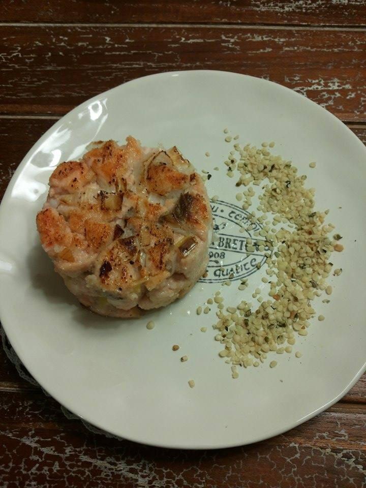 Per una cucina salutare: Hamburger di salmone hamburger-salmone