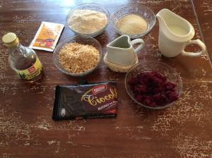 Un dolce anglosassone con poche calorie ma dal sapore irresistibile ingredienti torta di barbabietola