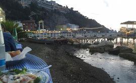 Un posto incantevole in riva al mare sulla penisola sorrentina: Trattoria da Emilia