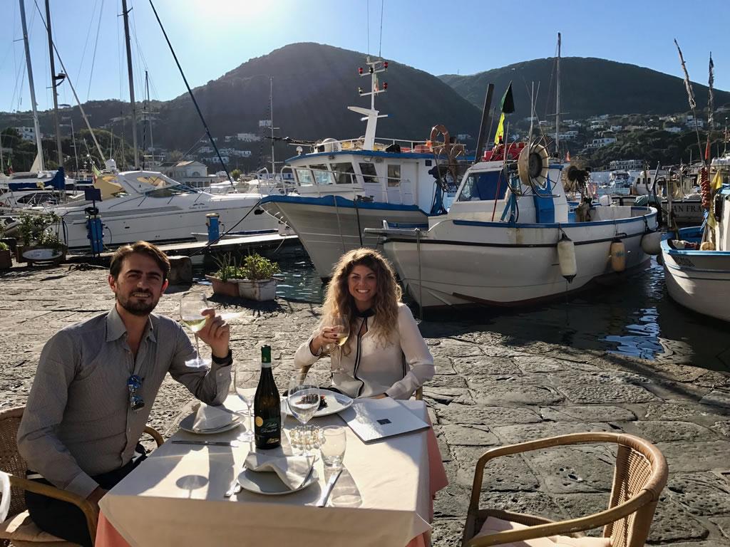 Ristorante i Ricci: il mare in tavola alla riva destra di ischia