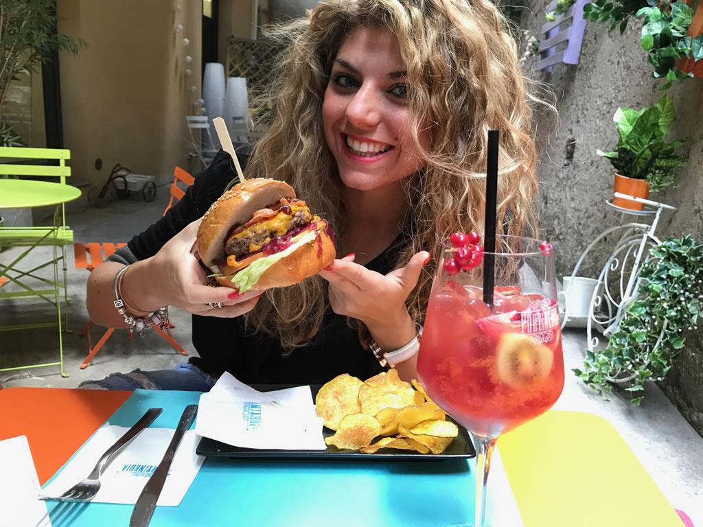 Food a 360 gradi, dalla colazione all'aperitivo solo alla Portineria