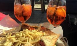 3 cose da mangiare, bere e nuotare nella città di Mykonos