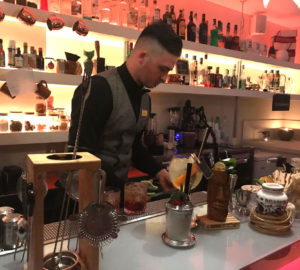 Aperitivo a Napoli: Tutti pazzi per i cocktail e taglieri di qualità del Pacù