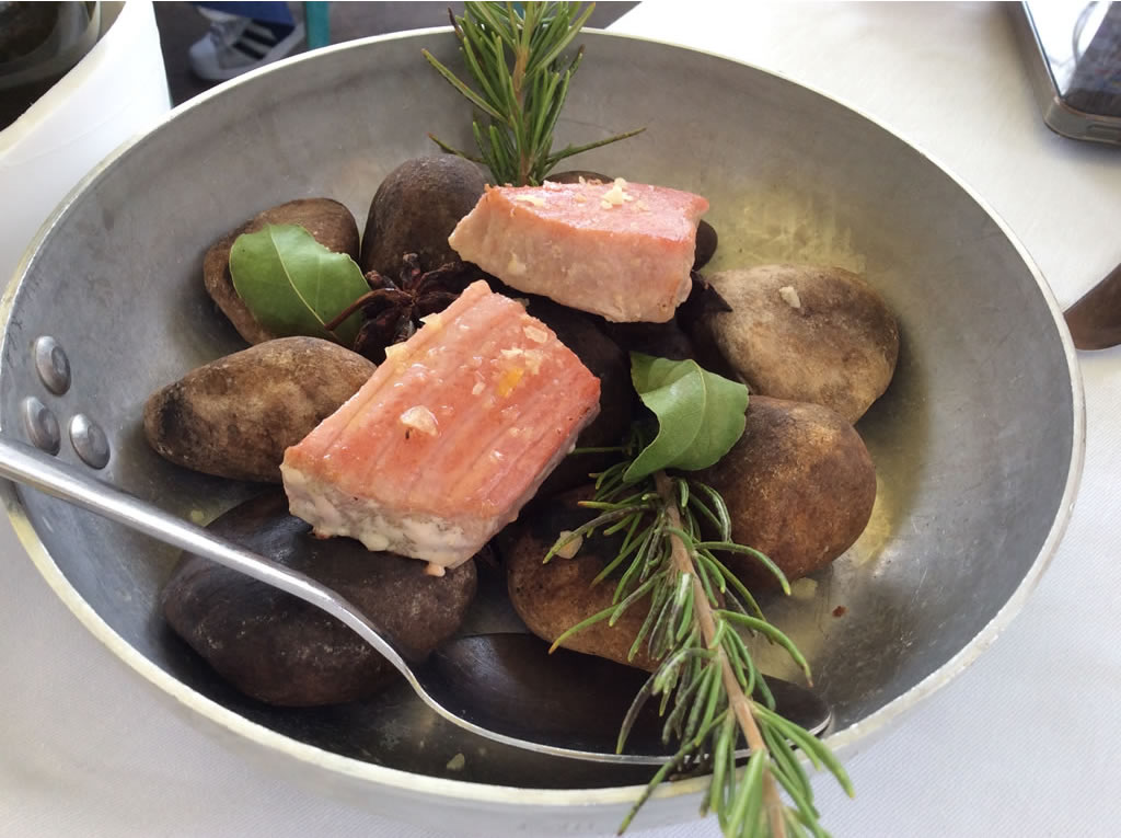 Ristorante dal sapore di mare: Riccio restaurant