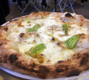 Luciano Sorbillo ora anche al Vomero con Pizz a' street