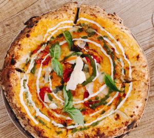 La rosa dei venti ad Ischia: combo formidabile tra pizza e brace